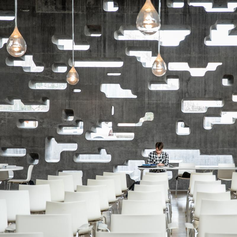 Bela Benedek -  portfolio: Architecture & Design